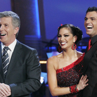 Dancing with the Stars Recap: Group Performances, Melissa Rycroft Injury
