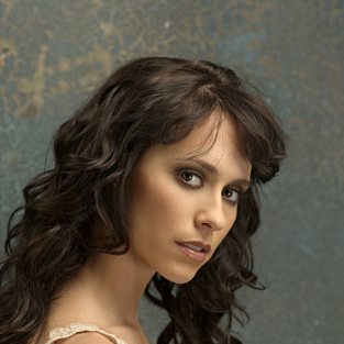"The Ghost Whisperer Review: ""Lost in the Shadows"""