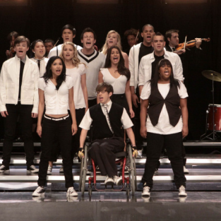 "Glee Episode Stills from ""Takedown"""