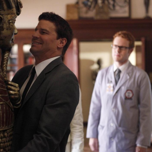 "Bones Episode Stills from ""A Night at the Bones Museum"""