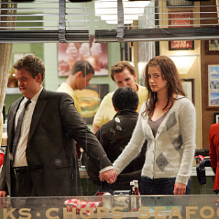 How I Met Your Mother Creator: Barney & Robin Split For the Greater Good