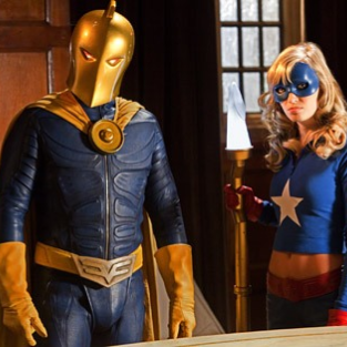 Smallville Movie Scoop: Death Leads to Justice Society of America Appearance