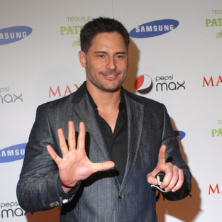 Joe Manganiello Cast as Alcide on True Blood