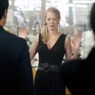 "Leverage Episode Stills from ""The Runway Job"""