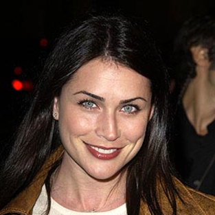 Rena Sofer to Recur, Date Booth on Bones