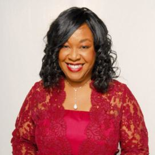 For Shonda Rhimes, There is No Escape From Controversy Over Washington