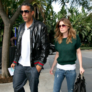 Ellen Pompeo and Chris Ivery Watch More Hoops
