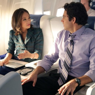 "Chuck Review: ""Chuck Versus First Class"""