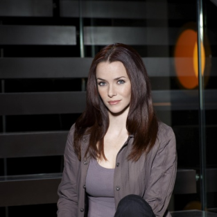 Annie Wersching to Create Conflict on Revolution