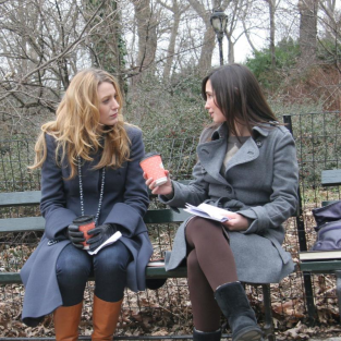 Gossip Girl Pictures From the Set: Serena and Rachel