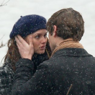 "Gossip Girl Spoilers: More On ""The Kiss"""