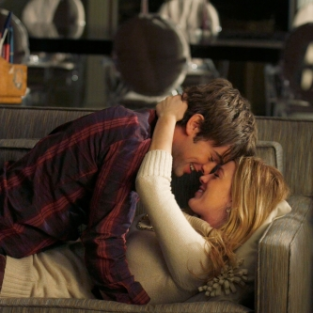 "Gossip Girl Photo Gallery: ""The Hurt Locket"""