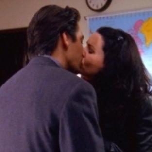Lorelai and max kiss