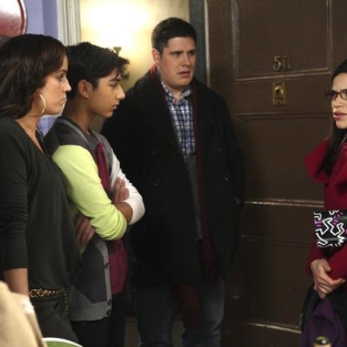 "Ugly Betty Review: ""Fire and Nice"""