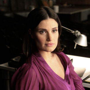 Idina Menzel: Headed Back to Glee!