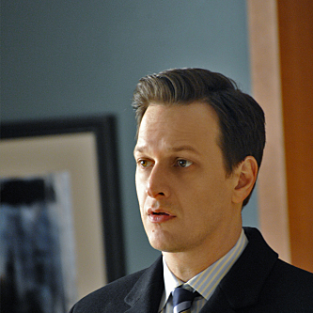 The Good Wife Scoop: Will's Past, Kalinda's Future