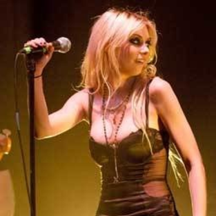 Taylor Momsen Stripped Down