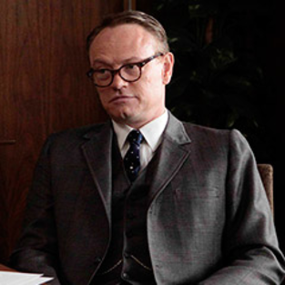 Jared Harris Receives Promotion on Mad Men