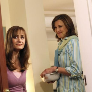 "Desperate Housewives Review: ""Epiphany"""