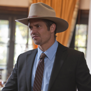 "Justified Review: ""The Collection"""