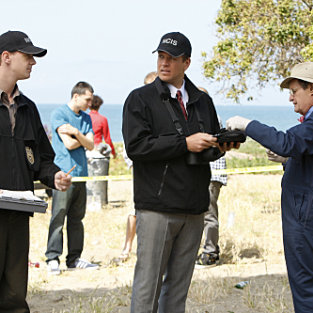 "NCIS Promo & Photos: ""Patriot Down"""