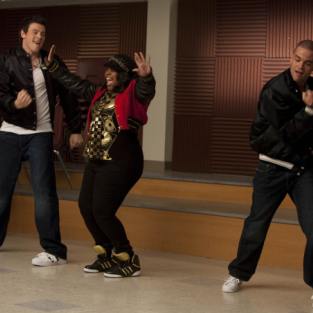 "Glee Review: ""Funk"""