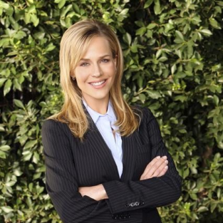 Julie Benz to Guest Star on Royal Pains