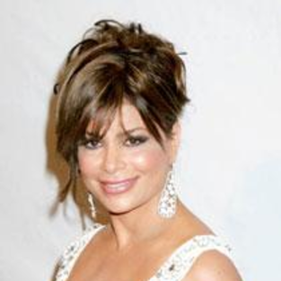 Paula Abdul to Launch Her Own Perfume