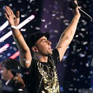 Brian Melo Wins Canadian Idol