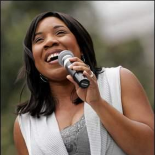 Melinda Doolittle to Host Christmas Eve Concert