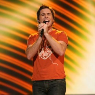 American Idol Shocker: Goodbye, Michael Johns!