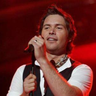 American Idol Experts Weigh in on Michael Johns Departure