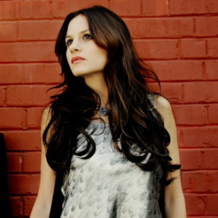 Meet Kara Dioguardi, New American Idol Judge
