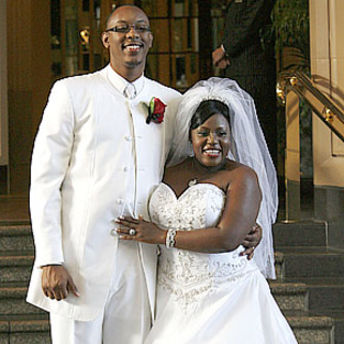 LaKisha Jones and Larry Davis: Married!