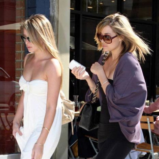 Lauren Conrad, Lauren Bosworth Filming The Hills