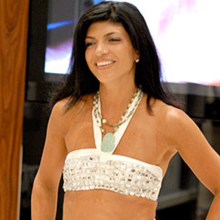 Teresa Giudice Dishes on New Boobs, Fear of Castmate