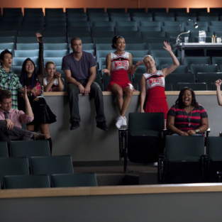 "Glee Season Two Premiere Pics: ""Audition"""