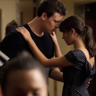 Glee Relationship Scoop: PDA, Love Triangle on the Way!