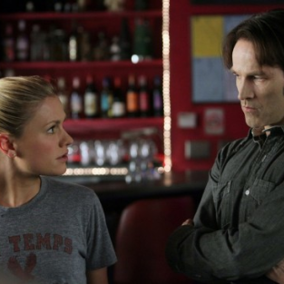 "Stephen Moyer Teases ""Darkness"" Ahead on True Blood"