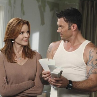"Desperate Housewives Season Premiere Pics: ""Remember Paul?"""