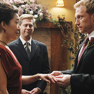 Major Grey's Anatomy Spoiler Pic: Wedding Sneak Peek!