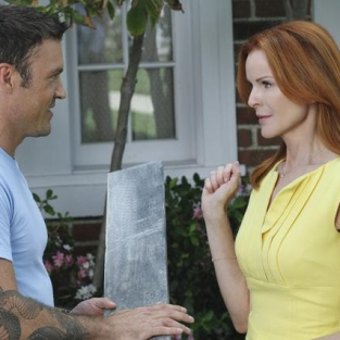 "Desperate Housewives Review: ""You Must Meet My Wife"""