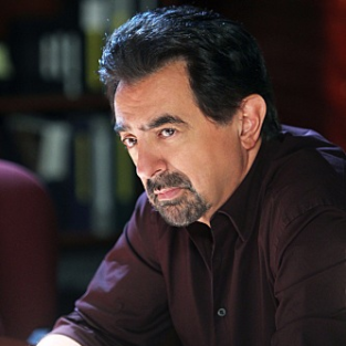 "Criminal Minds Review: ""Out of the Light"""