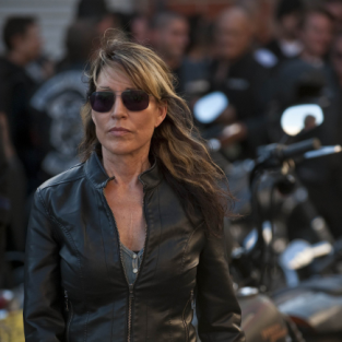 "Sons of Anarchy Review: ""June Wedding"""