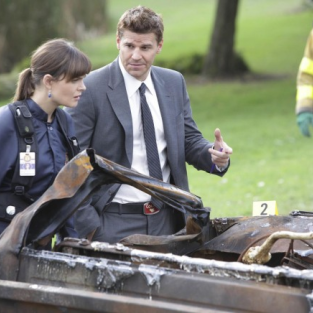 "Bones Review: ""The Twisted Bones in the Melted Truck"""