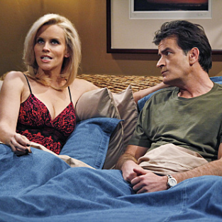 "Two and a Half Men Review: ""Chocolate Diddlers or My Puppy's Dead"""