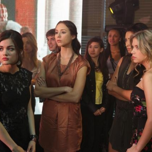 Pretty Little Liars Photo Gallery: Let's Dance!