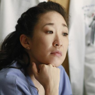 "Grey's Anatomy Scoop: Shonda Rhimes on Dream House, Cast ""Graduation"" & More"