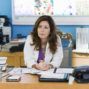 "TV On My Terms: Dana Delany Has A ""Body"" Worth Examining"