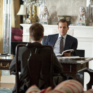 Suits Series Premiere Review: A New USA Duo